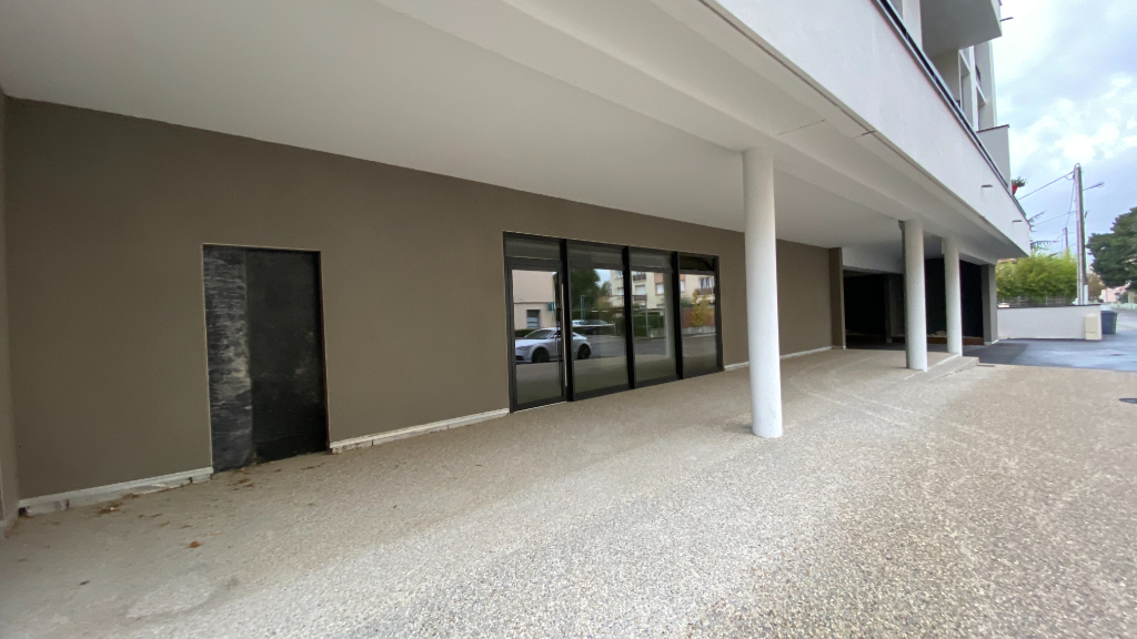 Bureau-Local commercial - 87m² 3/3