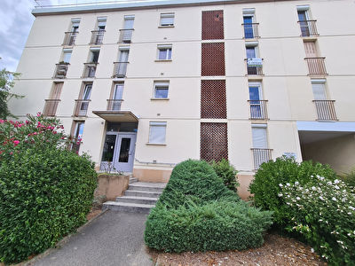 Appartement T3 - GUILHERAND GRANGES